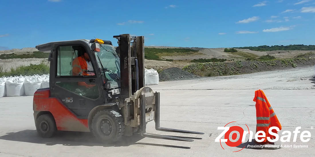 forklift-protection-zonesafe-proximity-warning-systems
