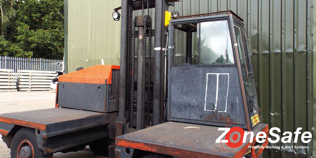 side-loader-travis-perkins-zonesafe-install