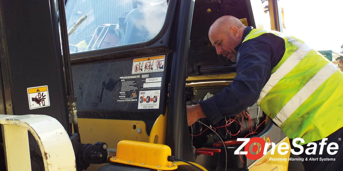 zonesafe-installation-protect-personnel-around-forklift-trucks