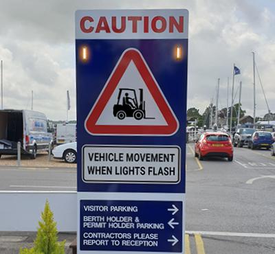 zonesafe-flashing-warning-sign-tagless-system